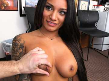 Natalia Mendez at the best casting of her life