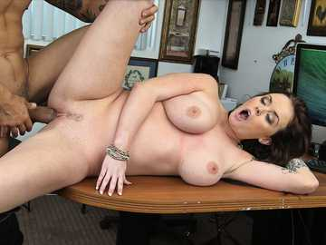 Big tits MILF brunette Roxii Blair gets nailed