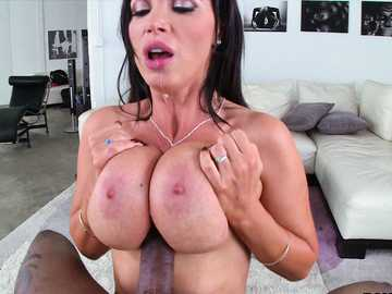 Hot MILF slut Nikki Benz gives a interracial titty fuck