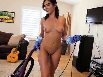 Big ass latina roommaid Selena Santana gets her shaved pussy fucked at her workplace