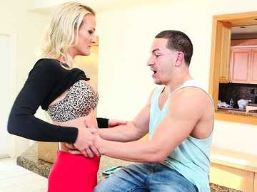 Big guy Peter entertains horny blonde milf Sydney Hail with her tongue