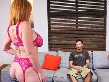 Sara Jay lures her lustful neighbor inside to give him true MILF blowjob