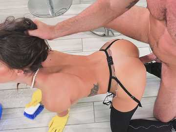 Keisha Grey sails through Wife training with Charles Dera in doggy position