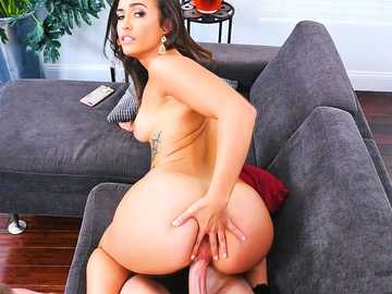 Cute latina Kelsi Monroe examines her new assistant