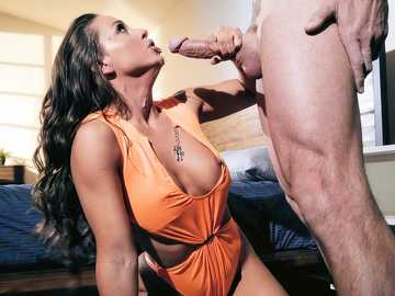 Abigail Mac makes a POV blowjob to her roommate