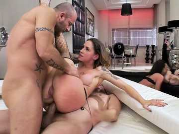 Hot Kelly Stafford,Malena,Debora and Amirah Adara get involved into a bad orgy