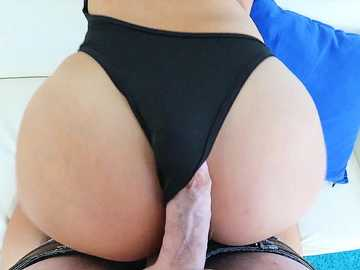 Violet Starr's Ass Wanks Cock To Eruption