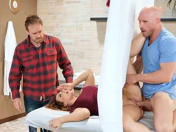 Adorable Natasha Nice comes for a massage session but experiences hot sex