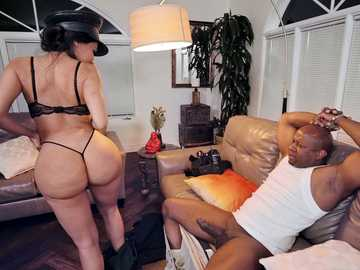 Lela Star: Bad Cop Black Cock