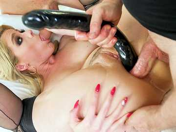 Bold MILF Lisey Sweet gets in hands of guys who play hard games only