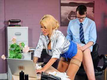 Busty boss Alice Judge can work and give a nice blowjob at the same time