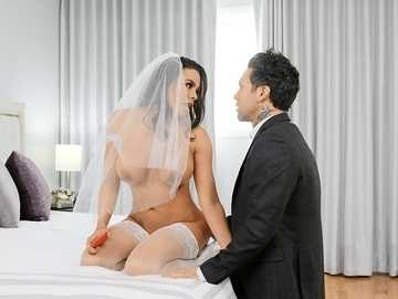 Slutty Latina bride Luna Star gives head to the best man on the wedding day