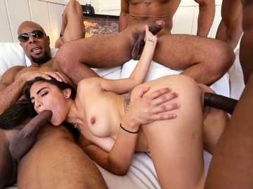 Interracial gangbang catches Latina Michelle Martinez between black cocks