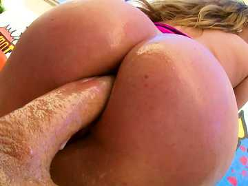 Ass fucking model Harley Jade got oil for anal loving director Mike Adriano