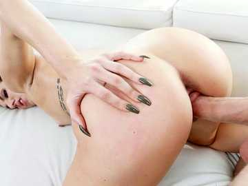 Young queen of sex Aubrey Rose gets her skinny pussy nailed by cum fiesta star