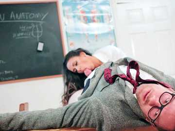 Raunchy student Roxxy Lea learns anatomy pussy fucking her school teacher