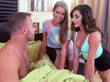 Christiana Cinn & Jill Kassidy give double blowjob to Christiana's brother
