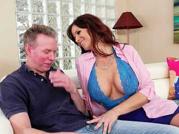 Syren De Mer is an aged boss with insatiable hunger for deepthroat fucking
