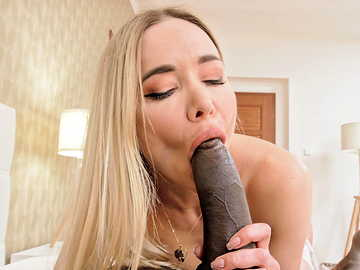 Awesome hottie in stockings Venera Maxima blows huge black prick like a pro