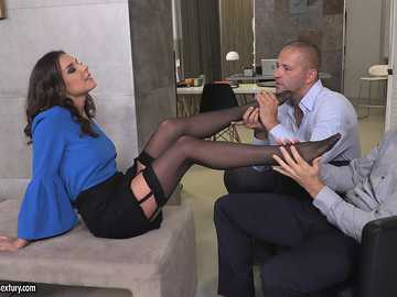 Henessy: Threesome At The Office