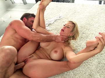 Acrobatic MILF Alexis Fawx goes crazy over big cock of her mature neighbor