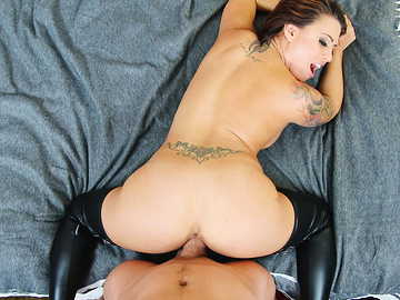 Eva Angelina in Housewife 1 on 1