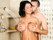 Peta Jensen is a dirty girl who loves getting clean. She strips down and soaps up her massive ...