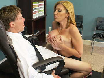 Hungry milf with big tits Sara Jay takes young guy's cock into her mouth