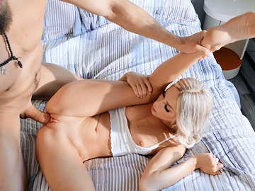 Lucky bearded guy has his huge dick blown by awesome blonde gal Emma Hix